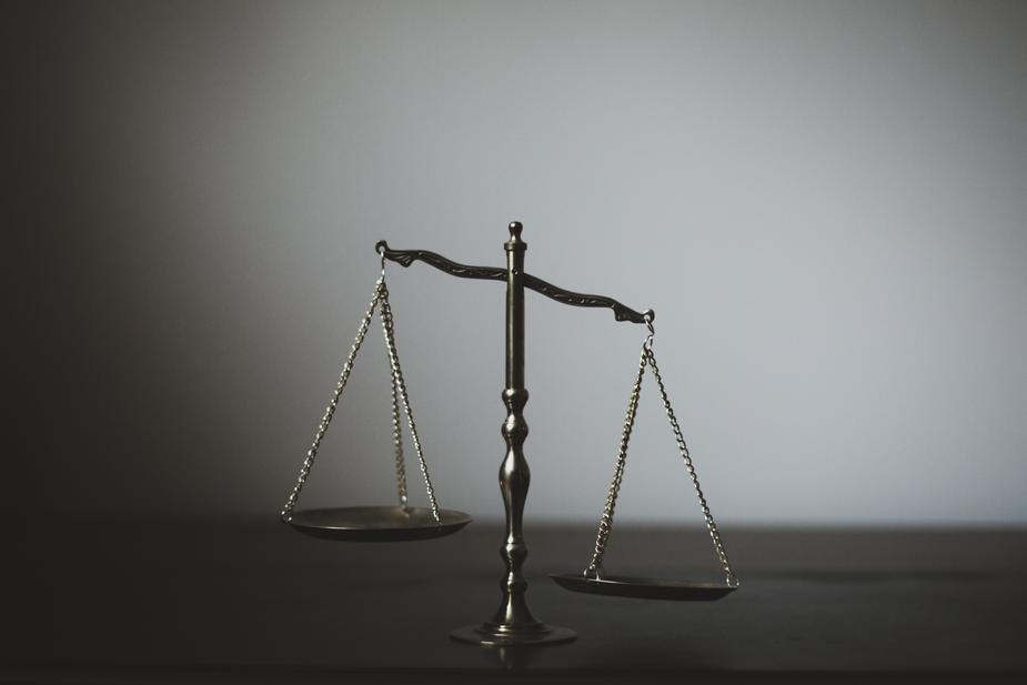 La balance de la justice concernant la RGPD